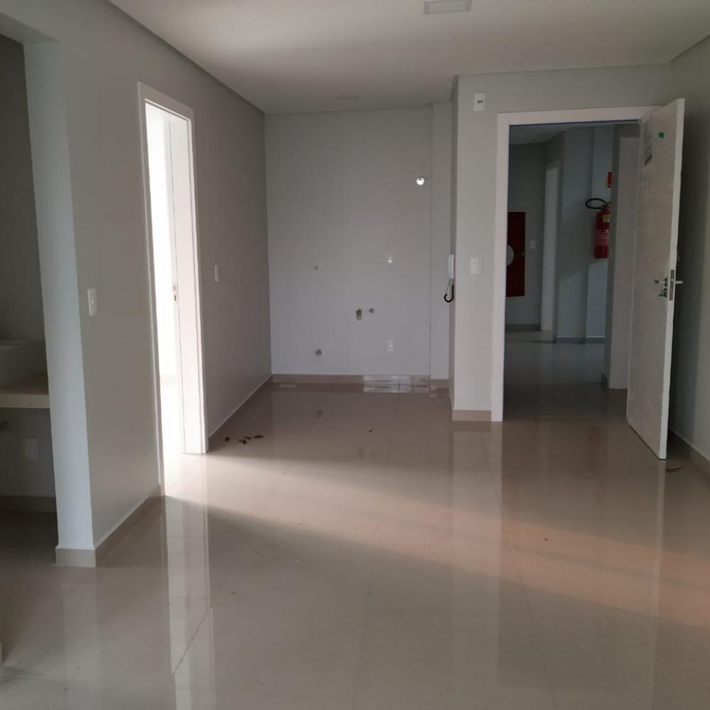 Apartamento 103 - Edifício Maria Clara